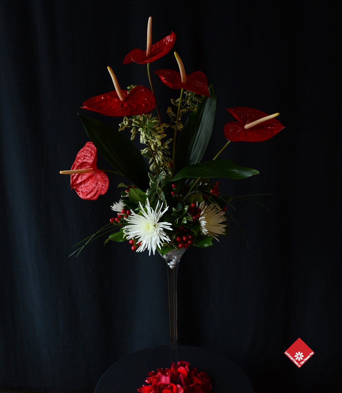 We made this elegant red and white arrangement for the head table at the Viennese Ball  2014.