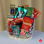 Gourmet Father's Day gift basket for Montreal delivery.