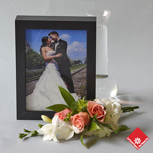 Personnalized photo greetings with flowers of the day