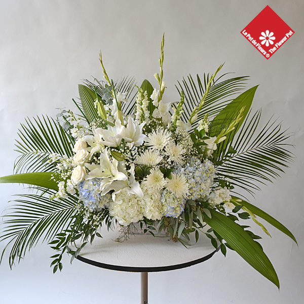 Order a funeral basket from your Montreal florist for delivery to any local residence or funeral home.