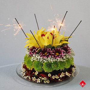 Cake with flowers for Montreal delivery.