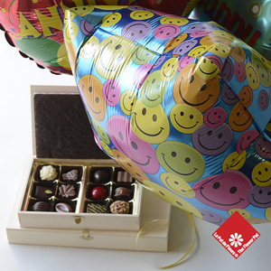 Chocolate gift with 3 Mylar balloons.