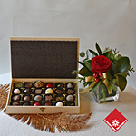 Box of 24 Montreal chocolates & truffles