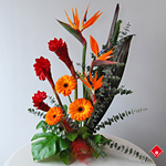 Tropical buffet centerpiece for delivery in Montreal.