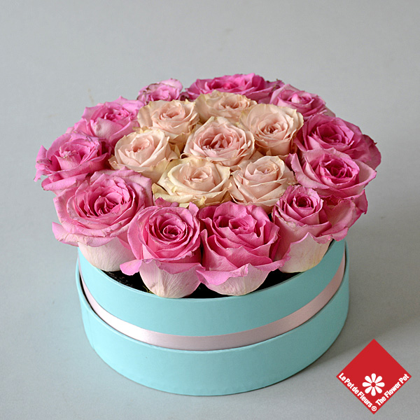 20 Roses in blue gift box