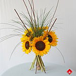 Seasonal sunflower bouquet now ready for Montreal delivery.