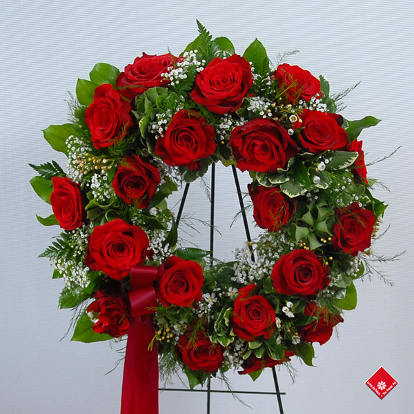 Wreath with red roses.