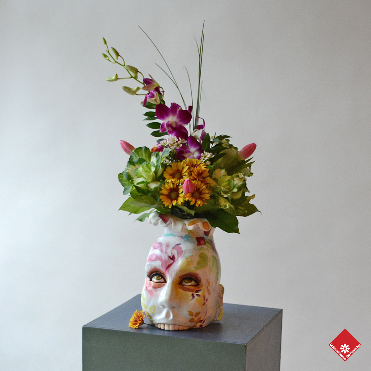 A client gave us inspiration for a flower bouquet with this unique and creepy colourful vase.