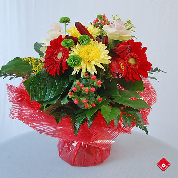 Bouquet of Fresh Cut Flowers for Montreal Delivery · The Flower Pot