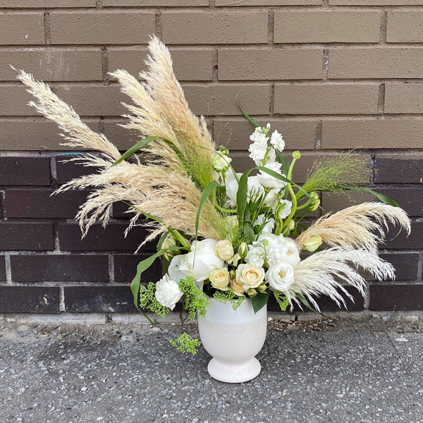 Neutral arrangement - The Flower Pot
