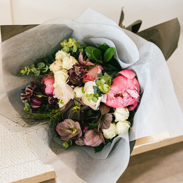Mother's Day Arrangement in Montreal | The Flower Pot